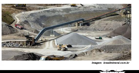 [FKB: socio de las compañías de cemento]